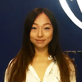 portrait photograph of Emma Tran