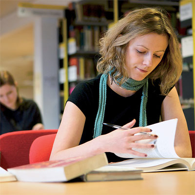 distance learning creative writing courses uk With the open college of the arts' flexible distance learning degrees and courses music, illustration, graphic design, creative writing, textiles.