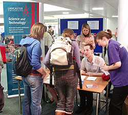 Students arrive at the 2007 Science and Technology Taster Day