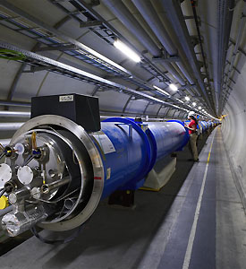 A worker inside the LHC tunnel (Photo: CERN)