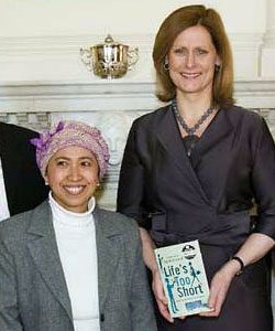 Esti Mardiani-Euers with Sarah Brown at 10 Downing Street