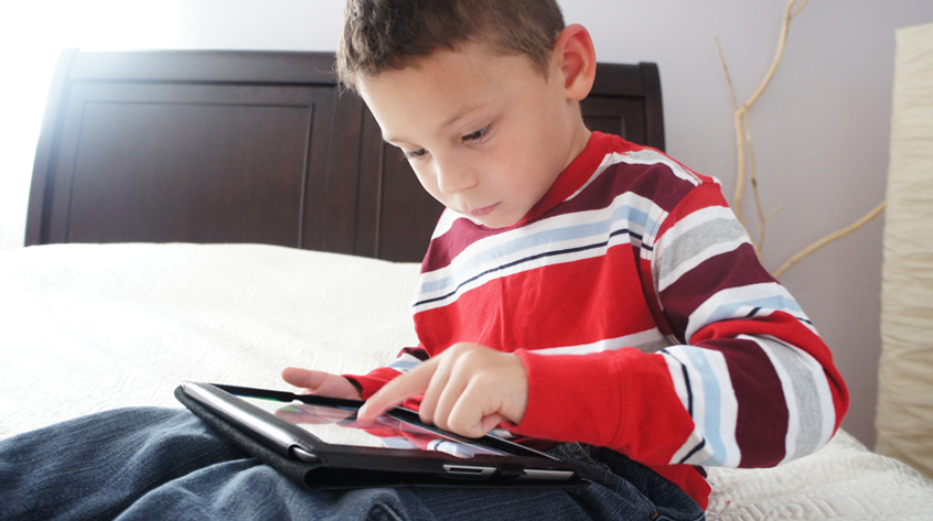 iPads no better than picture books for children with autism