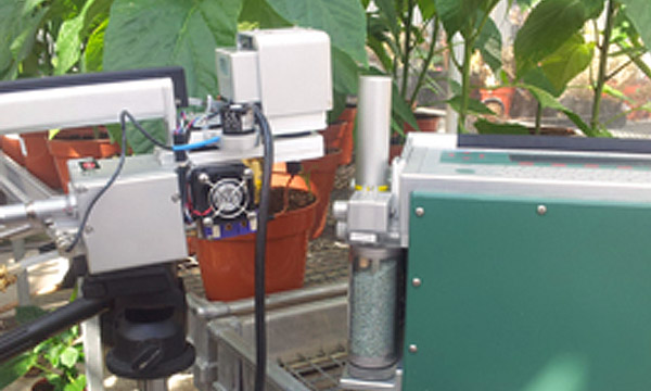 The LI-COR Portable Photosynthesis System