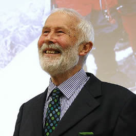 Mountaineering legend wows business leaders with Everest leadership story