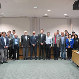 Chinese and British Scholars visit LUMS for the China Research Frontiers Conference