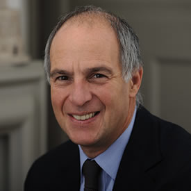 Broadcaster Loyd Grossman to visit LUMS for Masterclass