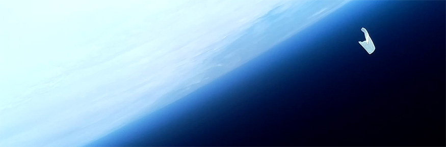 The balloon above the Earth