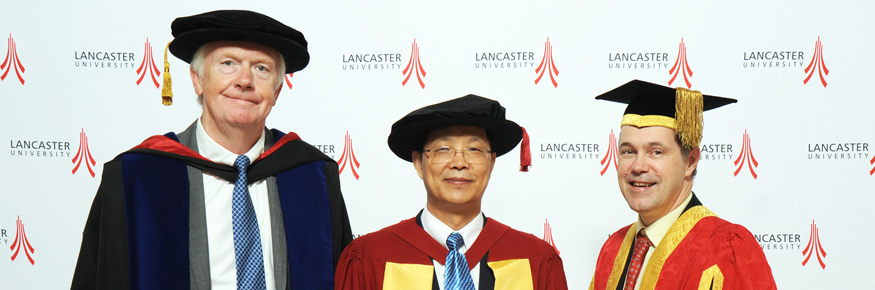 from left: Distinguished Professor Bill Davies with Zhang Jianhua DSc and the Vice-Chancellor of Lancaster Professor Mark E.Smith