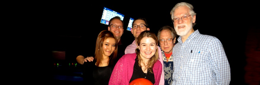 Lancaster alumni enjoy an evening's bowling in New York.