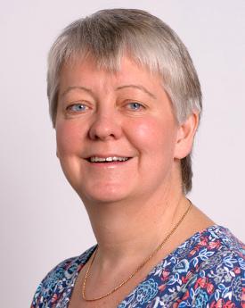 Dr Fiona Benson
